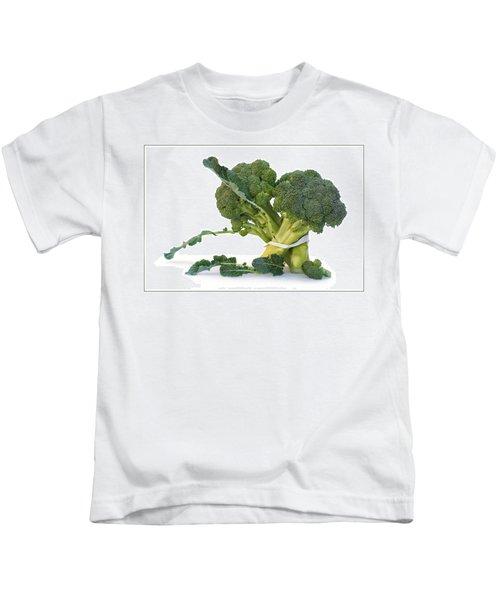 Pas De Trois Kids T-Shirt by Nikolyn McDonald