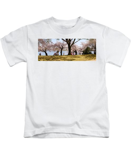 Tourists In A Park With A Memorial Kids T-Shirt