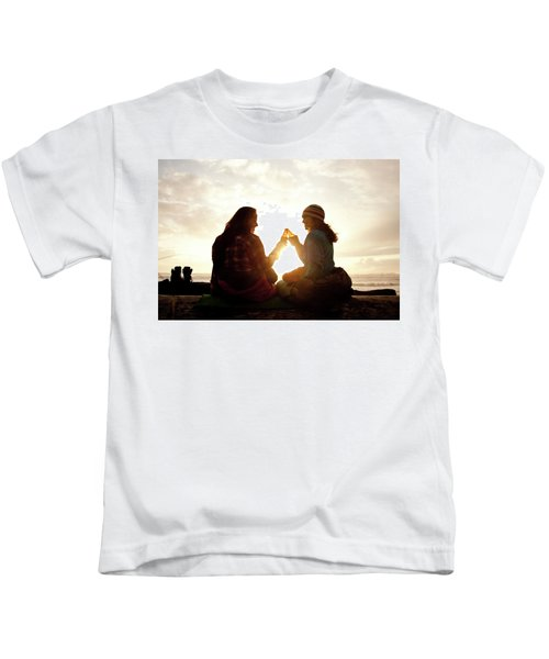 Two Beautiful Women And Toast A Beer Kids T-Shirt