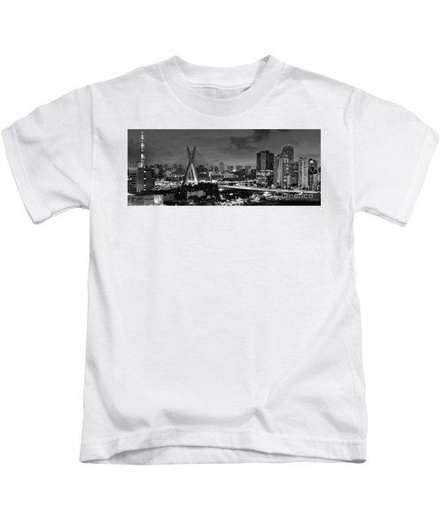 Sao Paulo Iconic Skyline - Cable-stayed Bridge - Ponte Estaiada Kids T-Shirt