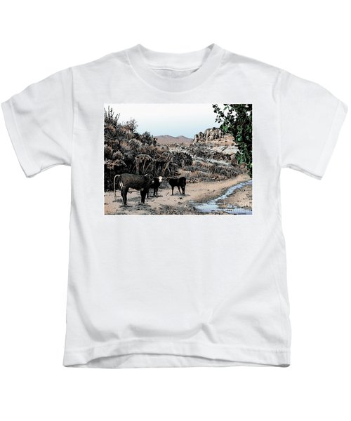 Cows In The Canyon Colored Kids T-Shirt