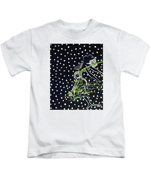 Dinka Maiden Dancing - South Sudan Kids T-Shirt