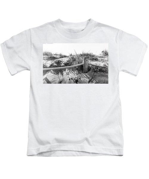 Fence Post. Kids T-Shirt
