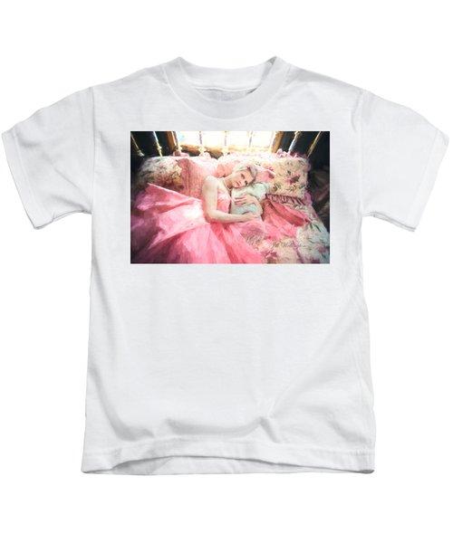 Vintage Val Bedroom Dreams Kids T-Shirt