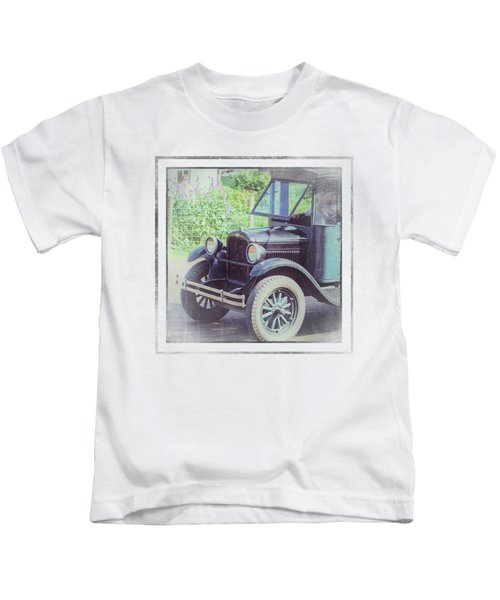1926 Chevrolet One Tone Truck Kids T-Shirt