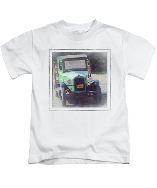 1926 Chevrolet Truck Kids T-Shirt