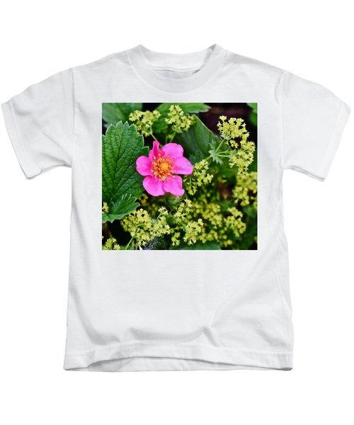 2015 Summer's Eve At The Garden Lipstick Strawberry Kids T-Shirt