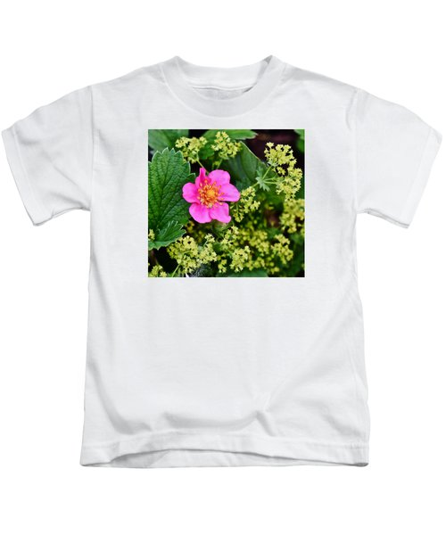 2015 Summer's Eve At The Garden Lipstick Strawberry Kids T-Shirt