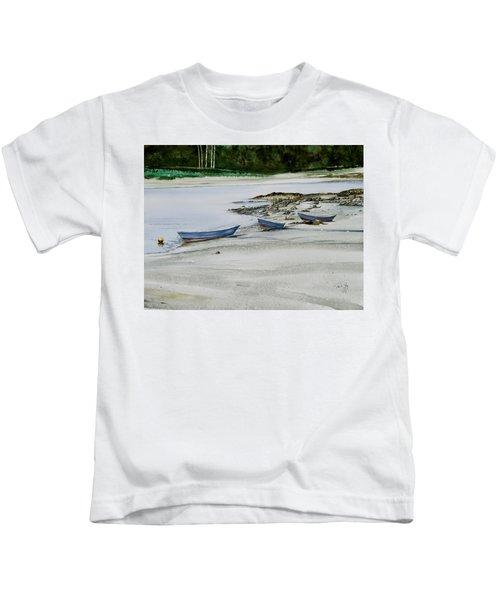 3 Dories Kennebunkport Kids T-Shirt