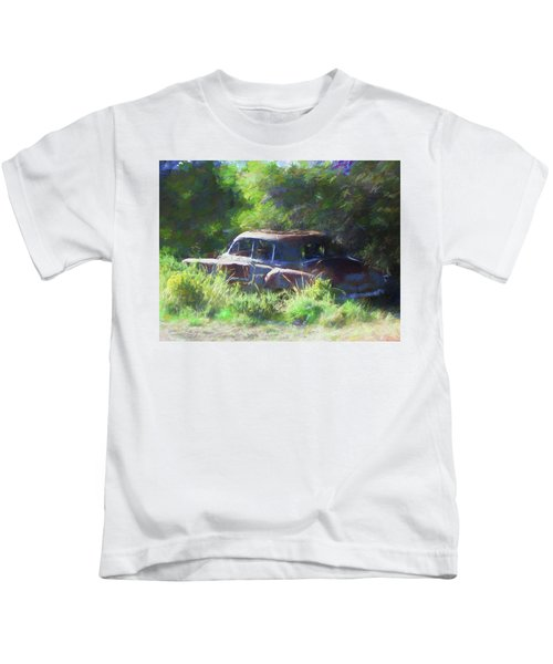 Abandoned 1950 Chevy Dop Kids T-Shirt