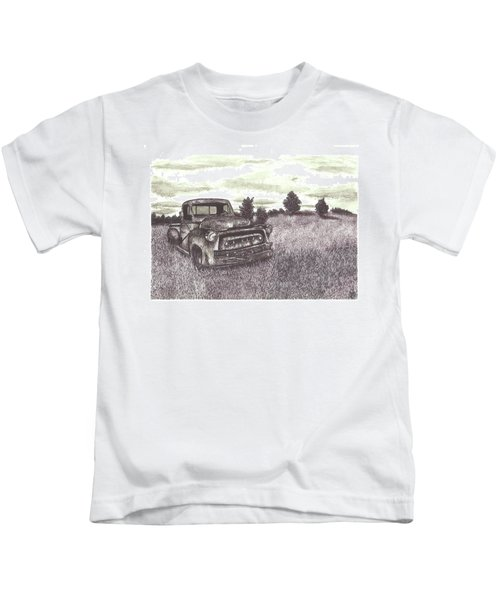 Abandoned Truck At Sunset Kids T-Shirt