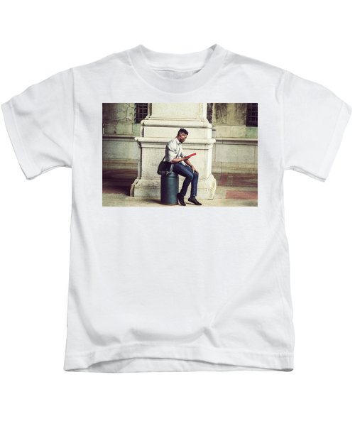 African American College Student Studying In New York Kids T-Shirt