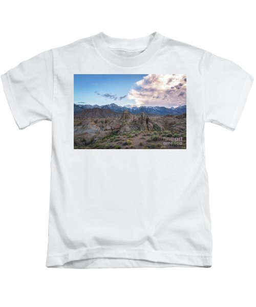 Alabama Hills And Sierra Nevada Mountains Kids T-Shirt