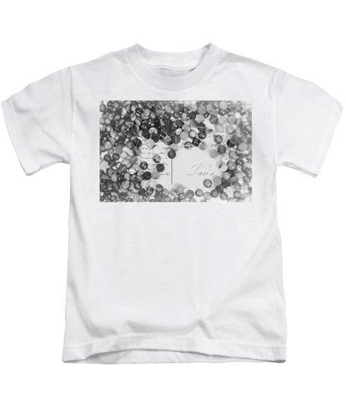 Amber #0502 Bw Kids T-Shirt
