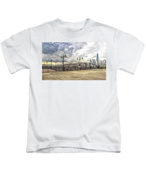 Arc To Freedom One Tower Image Art Kids T-Shirt