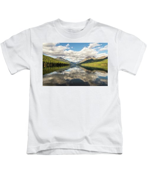 Avenue To The Mountains Kids T-Shirt