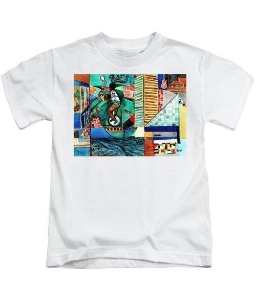 Baltimore Inner Harbor Street Performer Kids T-Shirt