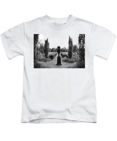 Bardstown Garden  Kids T-Shirt