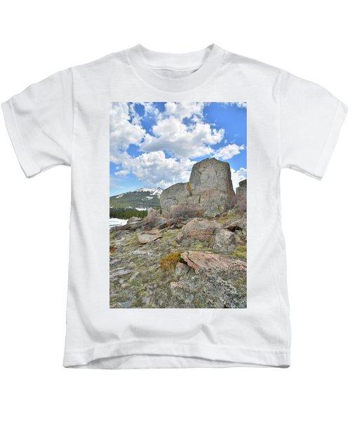 Big Horn Pass Rock Croppings Kids T-Shirt
