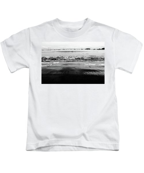 Black Beach  Kids T-Shirt