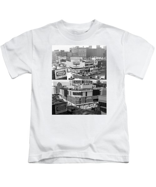 Block 'e' In Minneapolis Kids T-Shirt