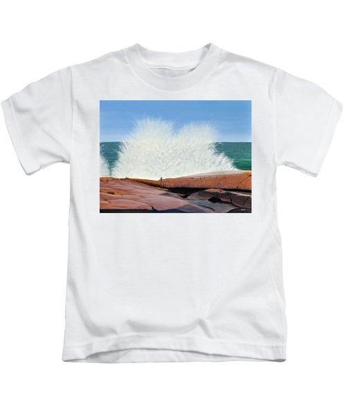 Breakers On Georgian Bay Kids T-Shirt