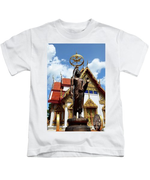 Buddha Statue With Sunshade Outside Temple Hat Yai Thailand Kids T-Shirt