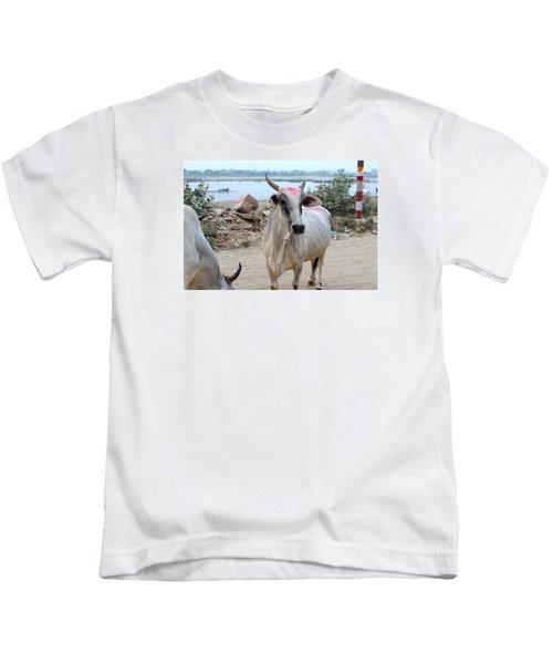 Bull With Kumkum On Yamuna, Vrindavan Kids T-Shirt