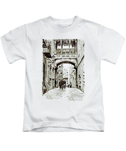 Carrer Del Bisbe - Barcelona Black And White Kids T-Shirt