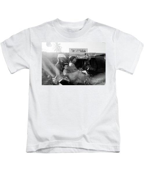 Center Kids T-Shirt