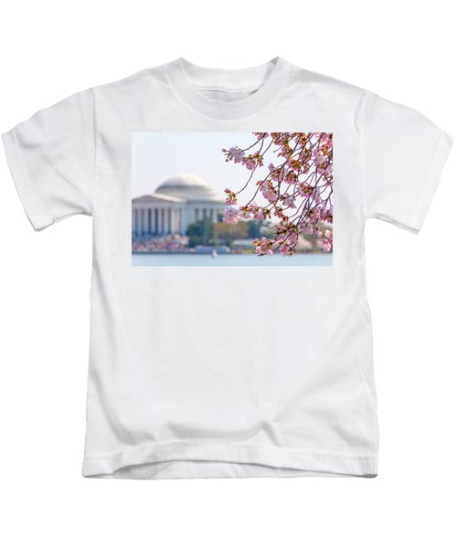 Cherry Blossoms And Jefferson Memorial Kids T-Shirt