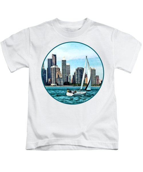Chicago Il - Sailboat Against Chicago Skyline Kids T-Shirt by Susan Savad