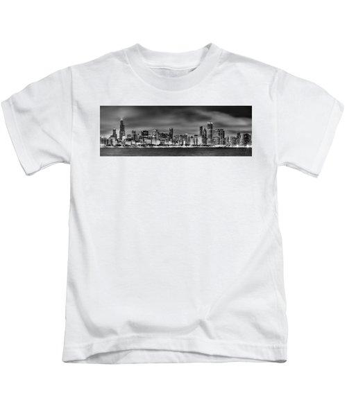 Chicago Skyline At Night Black And White Kids T-Shirt