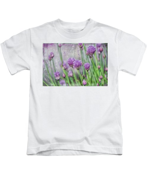 Chives In Texture Kids T-Shirt