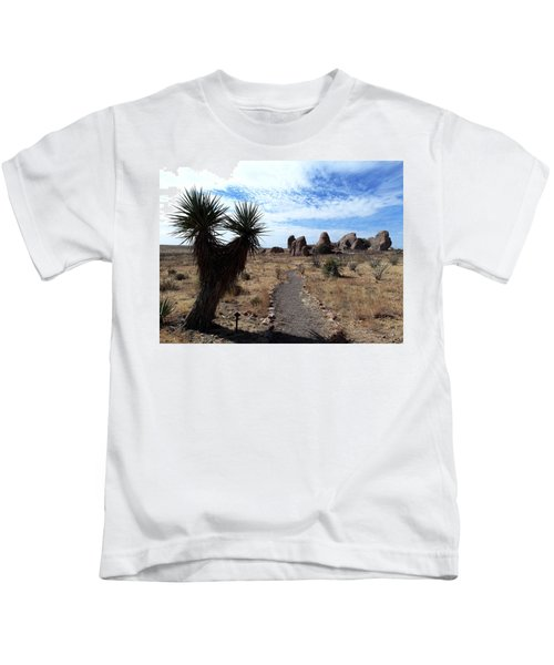City Of Rocks - New Mexico Kids T-Shirt