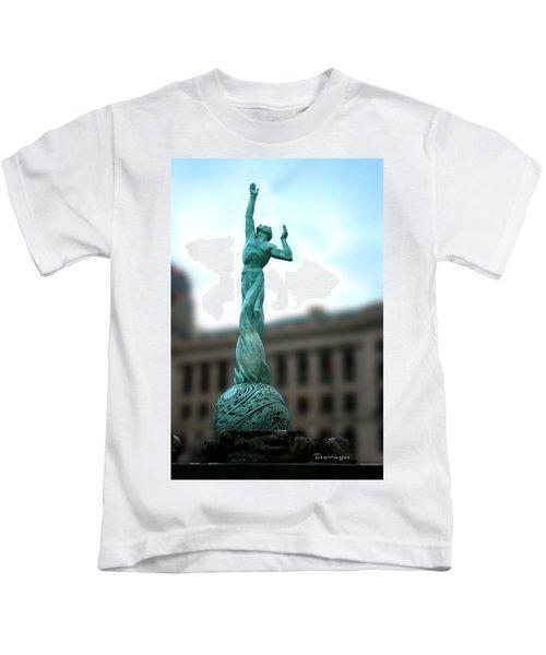 Cleveland War Memorial Fountain Kids T-Shirt