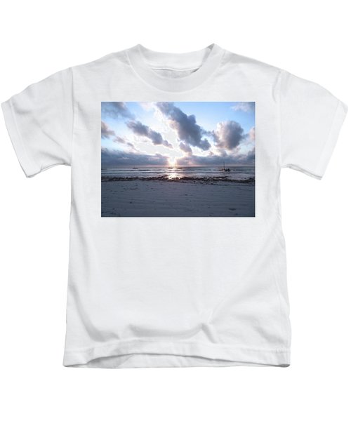 Coloured Sky - Sun Rays And Wooden Dhows Kids T-Shirt