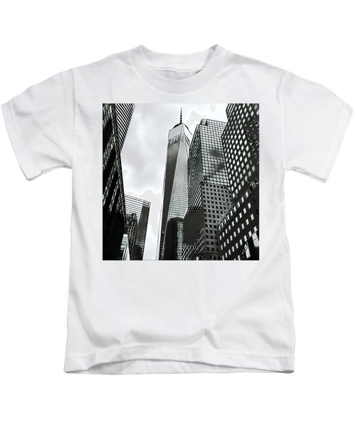 Commuters' View Of 1 World Trade Center Kids T-Shirt