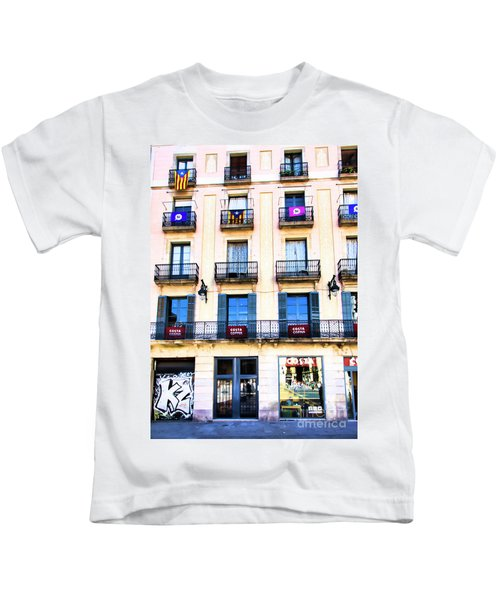Costa Coffee Shop Barcelona  Kids T-Shirt