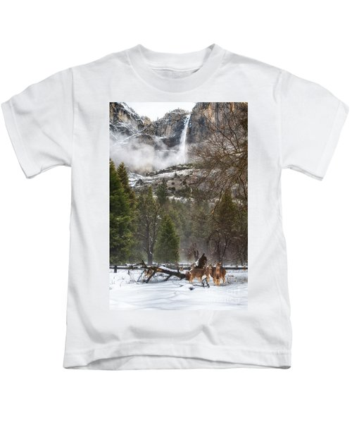 Deer Of Winter Kids T-Shirt