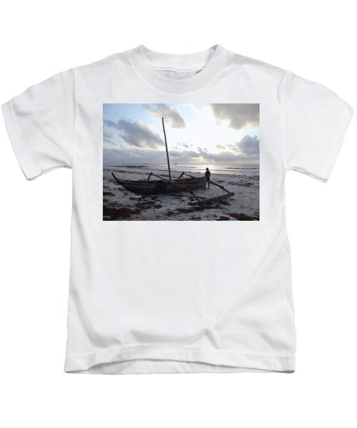 Dhow Wooden Boats At Sunrise With Fisherman Kids T-Shirt