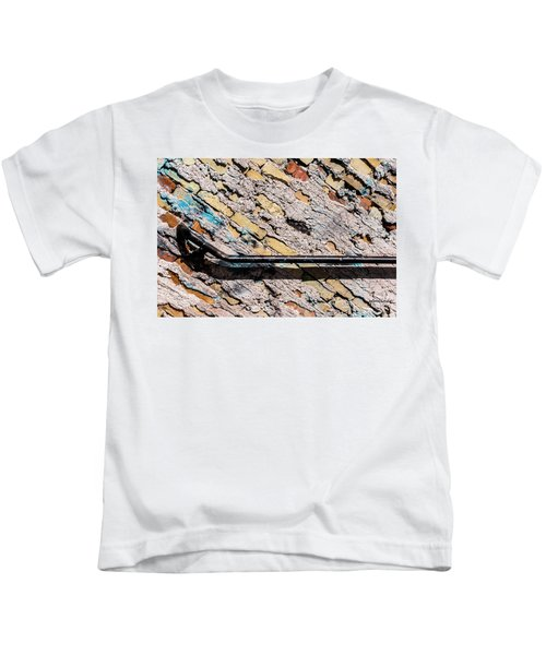 Diagonal Approach Kids T-Shirt
