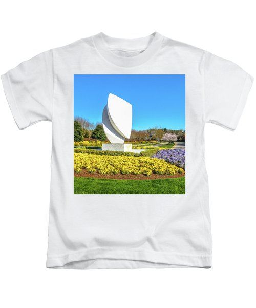 Elements Sculpture At Christopher Newport University In Springtime Kids T-Shirt