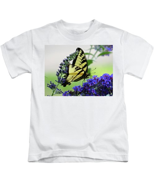 Feeding From A Nectar Plant Kids T-Shirt