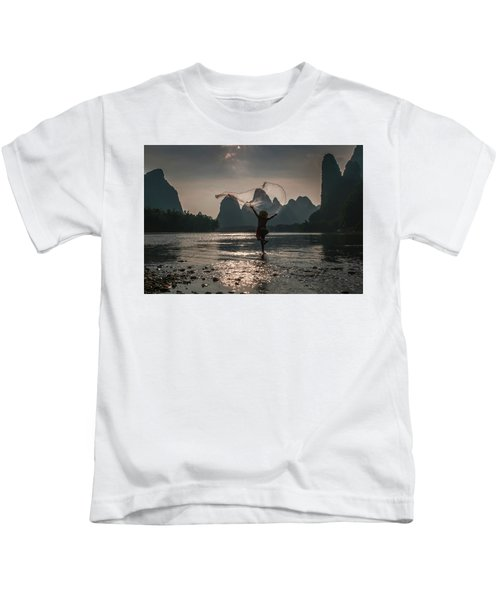 Fisherman Casting A Net. Kids T-Shirt
