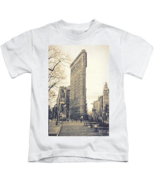 Flat Iron Building North Side - Sketch Kids T-Shirt