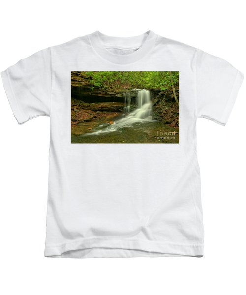 Flowing To The Side Kids T-Shirt