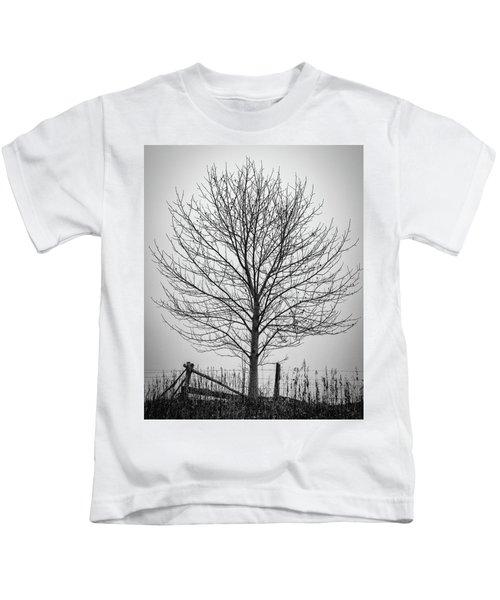 Foggy Lone Tree Hill Fine Art Kids T-Shirt