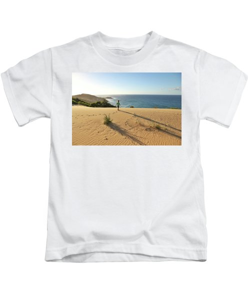 Footprints In The Sand Dunes Kids T-Shirt
