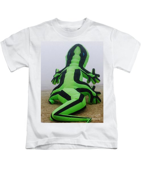 Green Lizard Kite Kids T-Shirt
